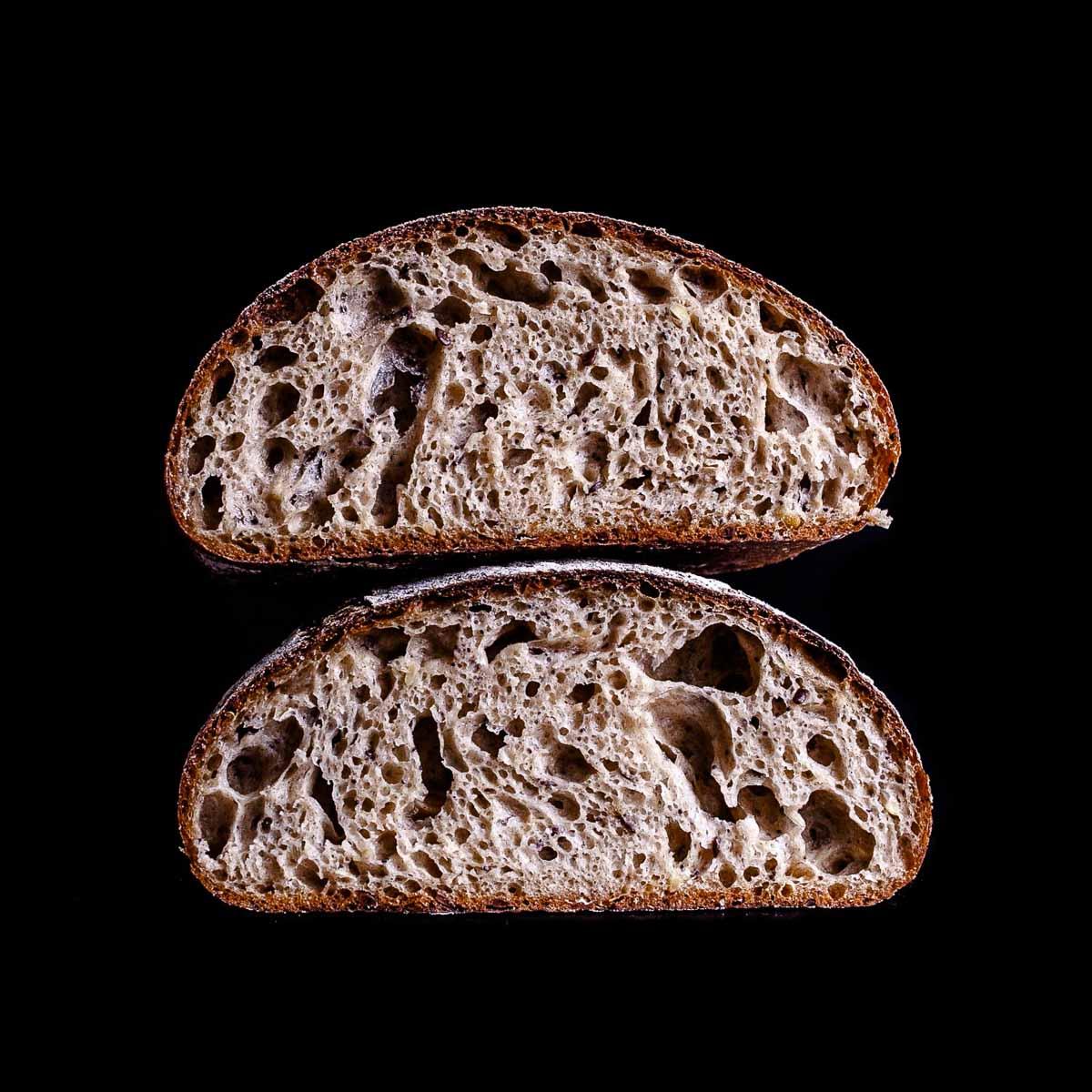 Glutenfreies Sauerteig Brot bei Aera in Berlin Charlottenburg-4