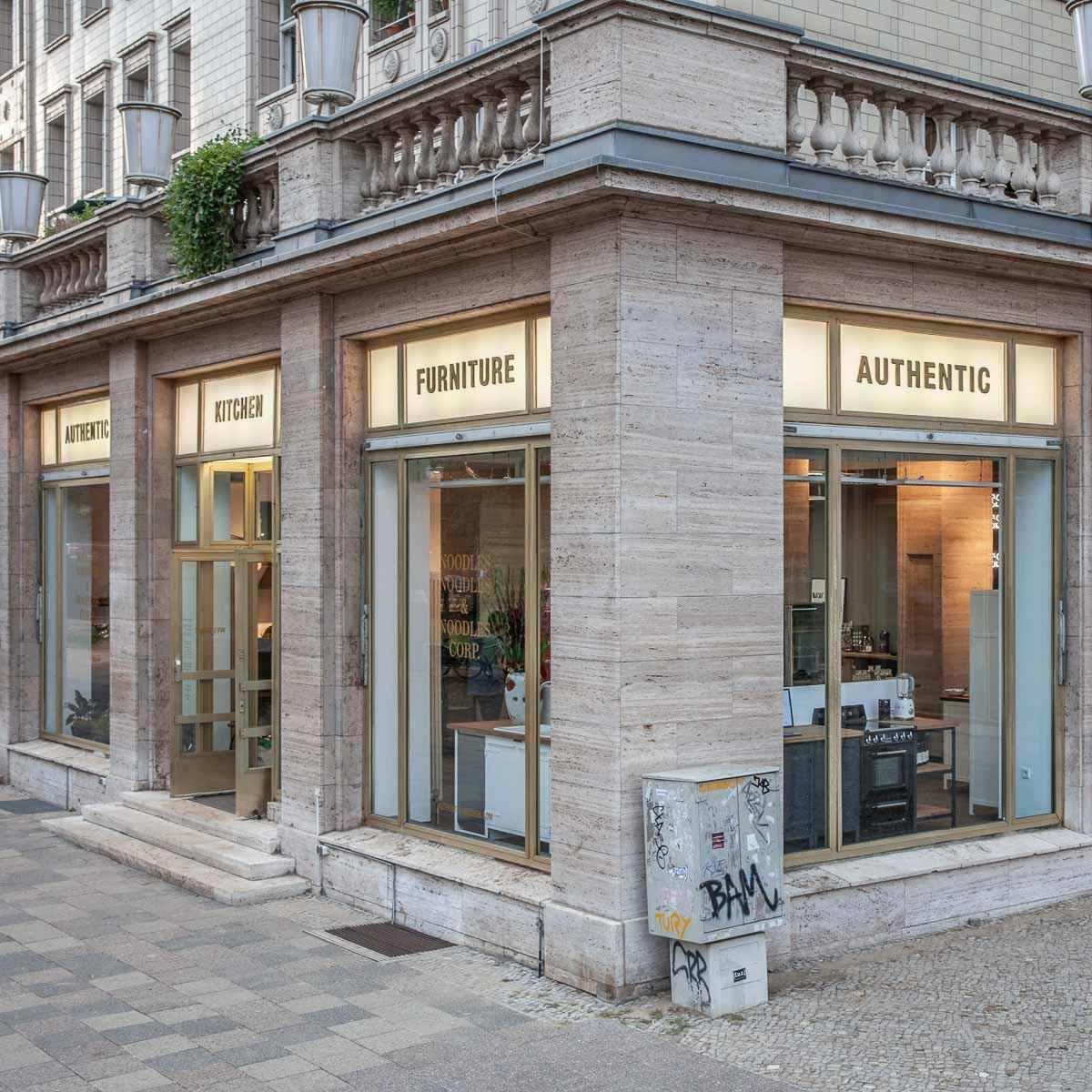 Authentic Kitchen Showroom Karl-Marx-Alee Berlin-7