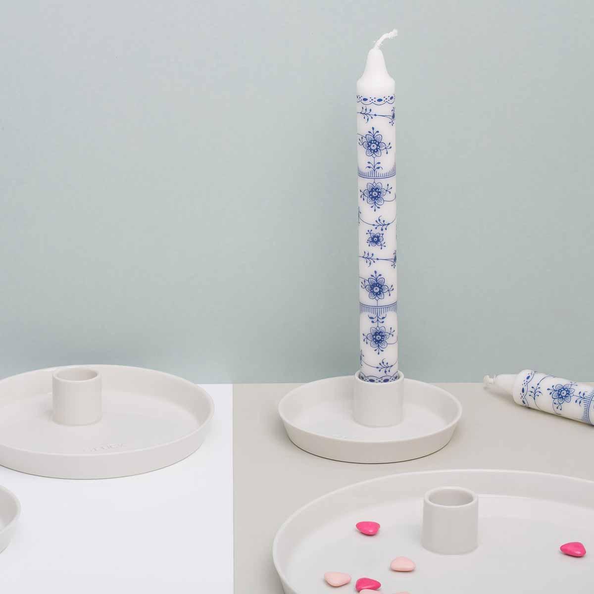 Feinesweißes Porzellan von Katy Jung in Prenzlauer Berg-11