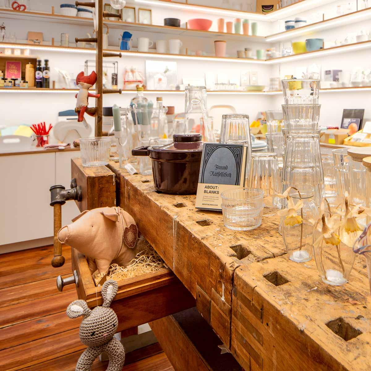 Muoto Café Concept Store und Schokoladen in Kreuzberg-3