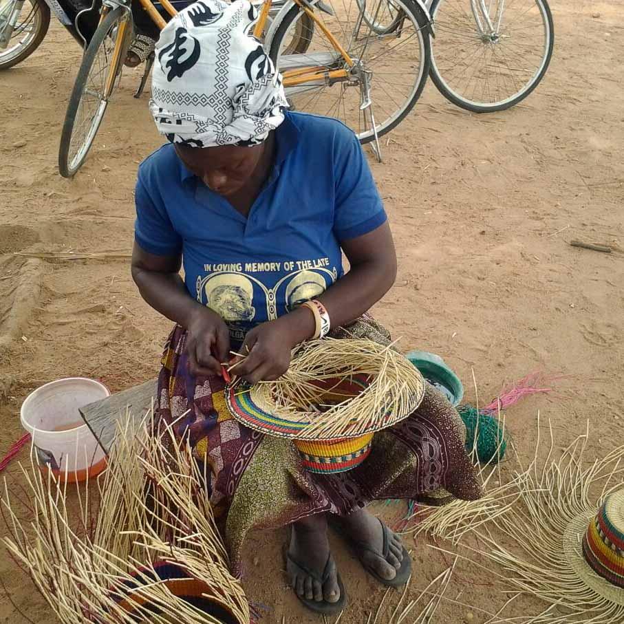 Strohhüte von Fiona Bennett produziert in Ghana-2