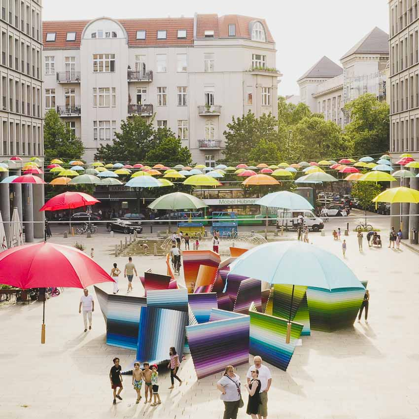Festival auf dem Walter-Benjamin-Platz in Berlin-Charlottenburg-5
