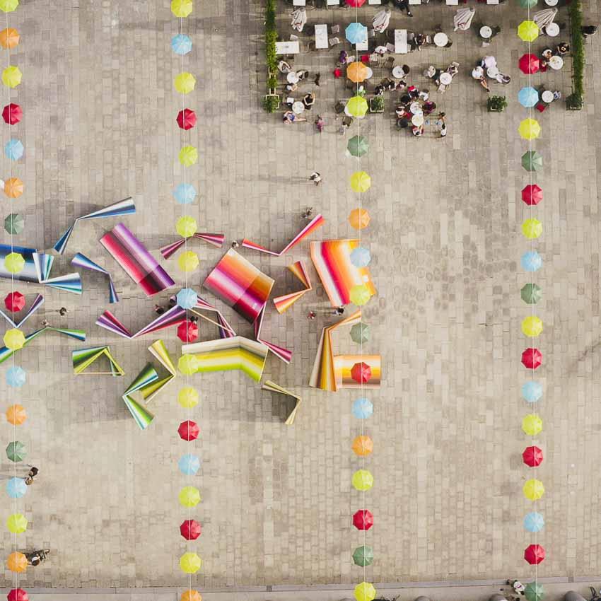 Festival auf dem Walter-Benjamin-Platz in Berlin-Charlottenburg