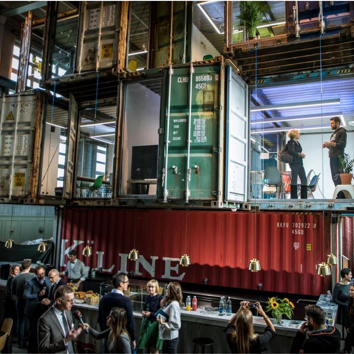 Kraftwerk Zürich Container