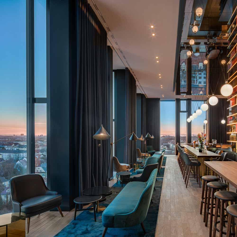 Rooftop Bar MUniqo © Andaz München-5