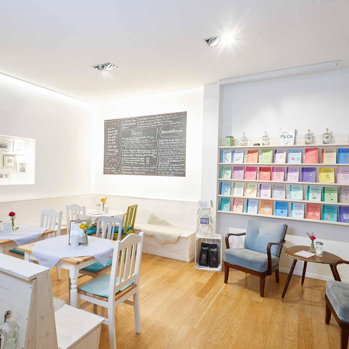 Kitchen2Soul Coaching-Café mit Buchhandlung--3