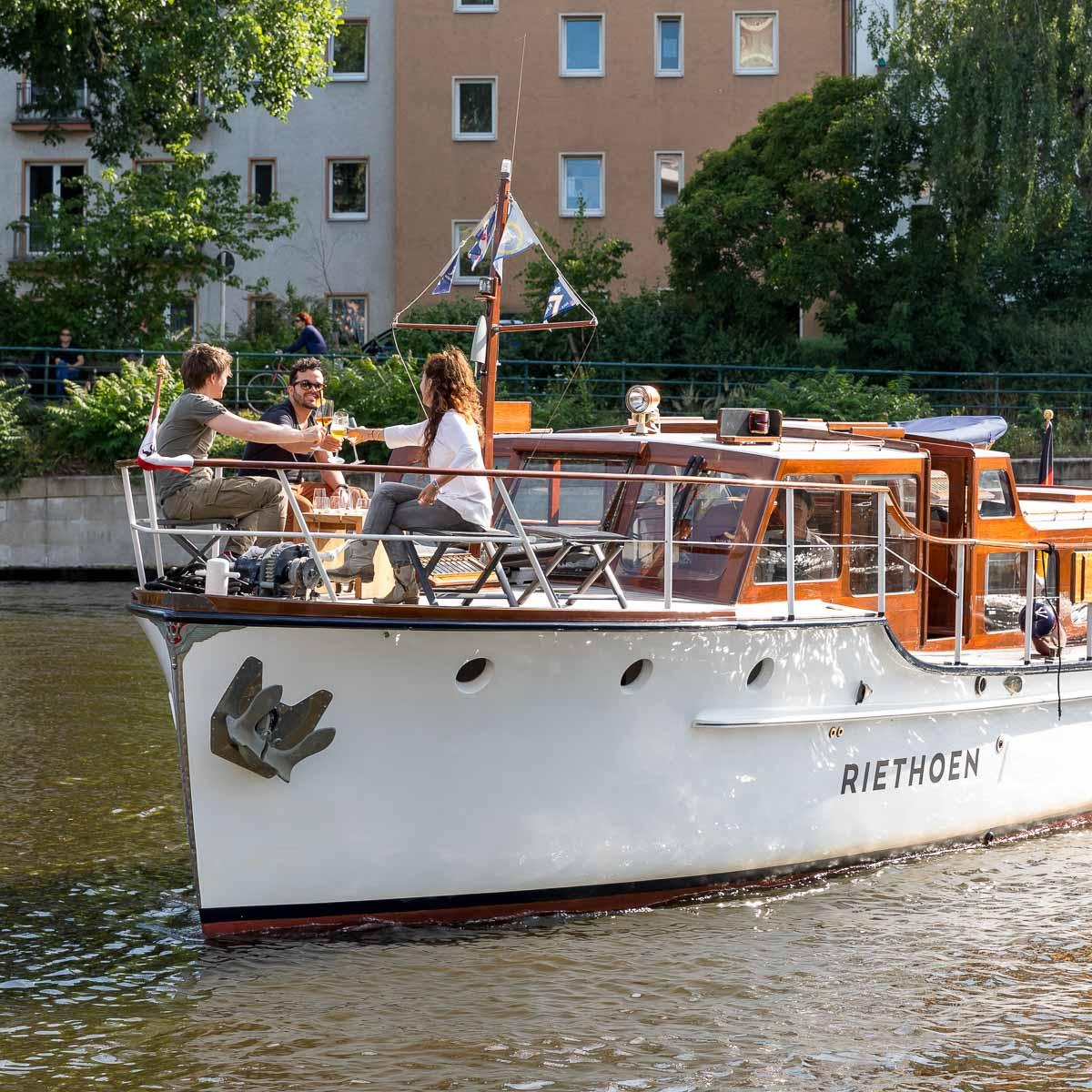 Riethoen Exklusive Bootstouren auf der Spree-3
