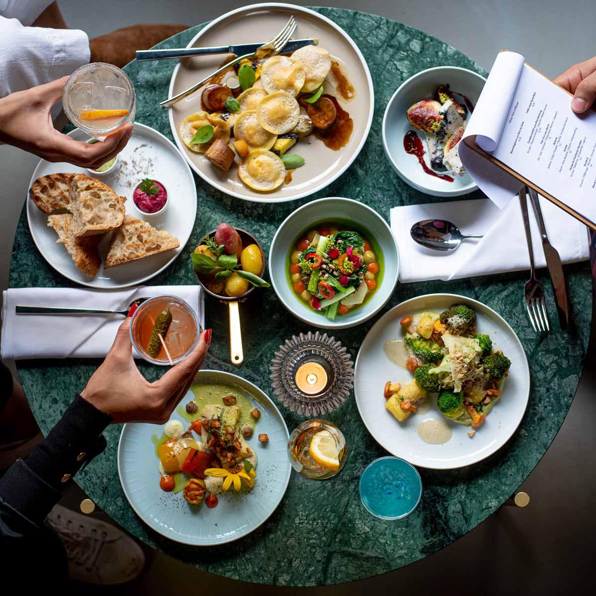 Weihnachtsfeiern Restaurant Bar Bonvivant