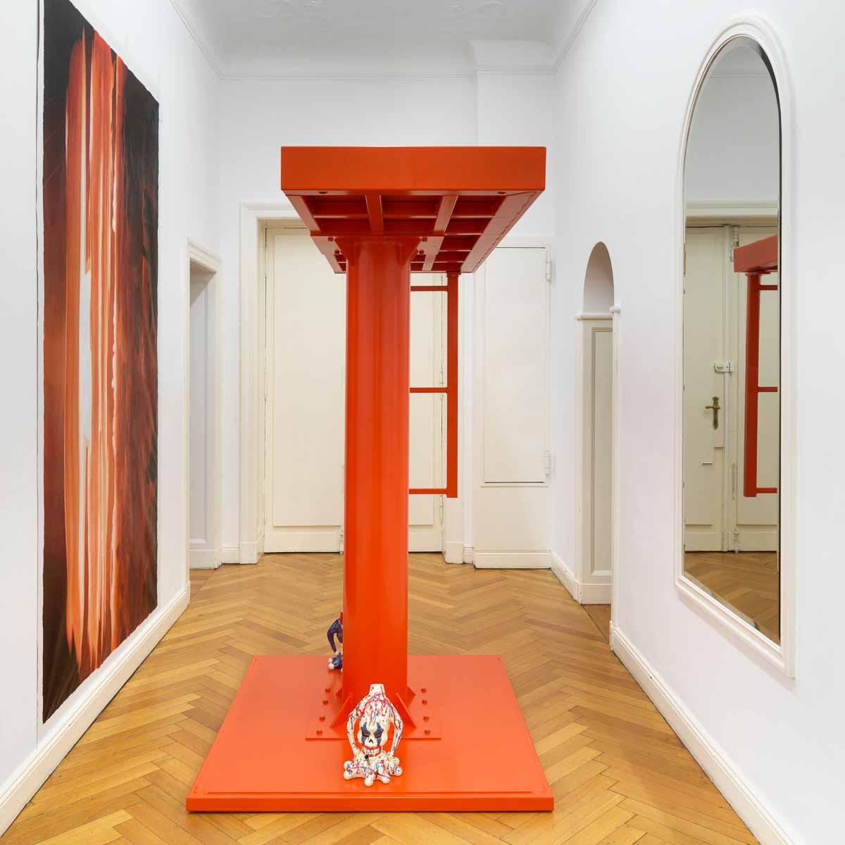 Anne Imhof in der Galerie Buchholz