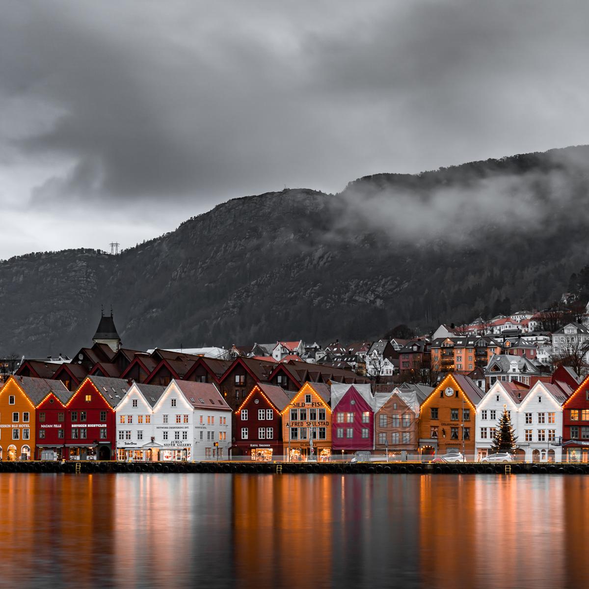 Bergen © Lachlan Gowen | Unsplash
