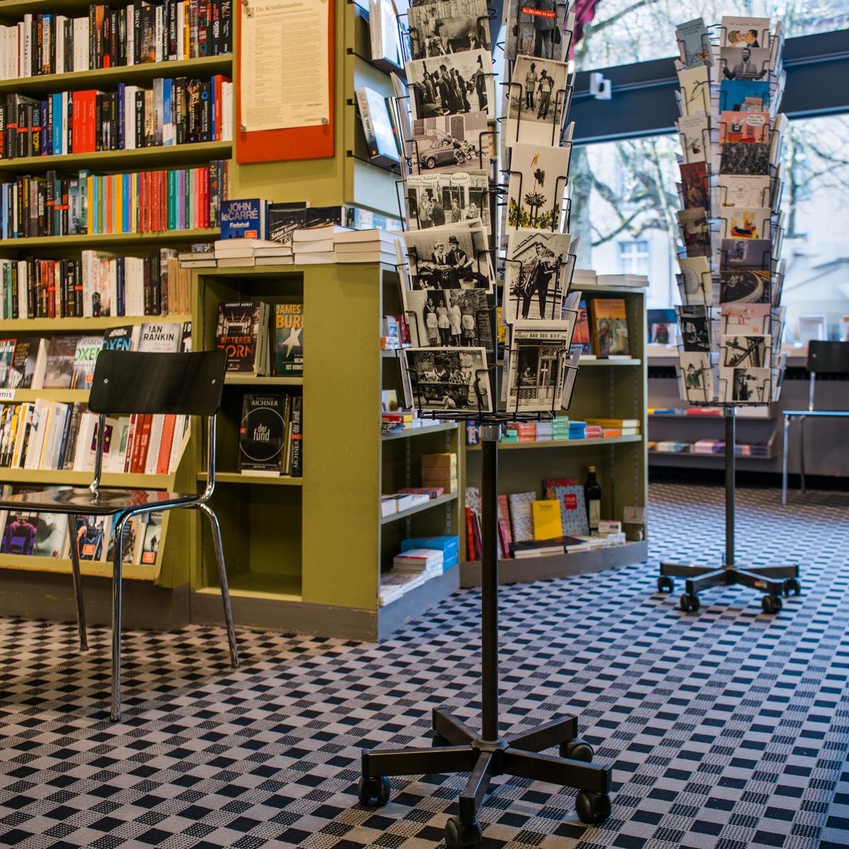 Buchhandlung im Volkshaus in Zürich-3