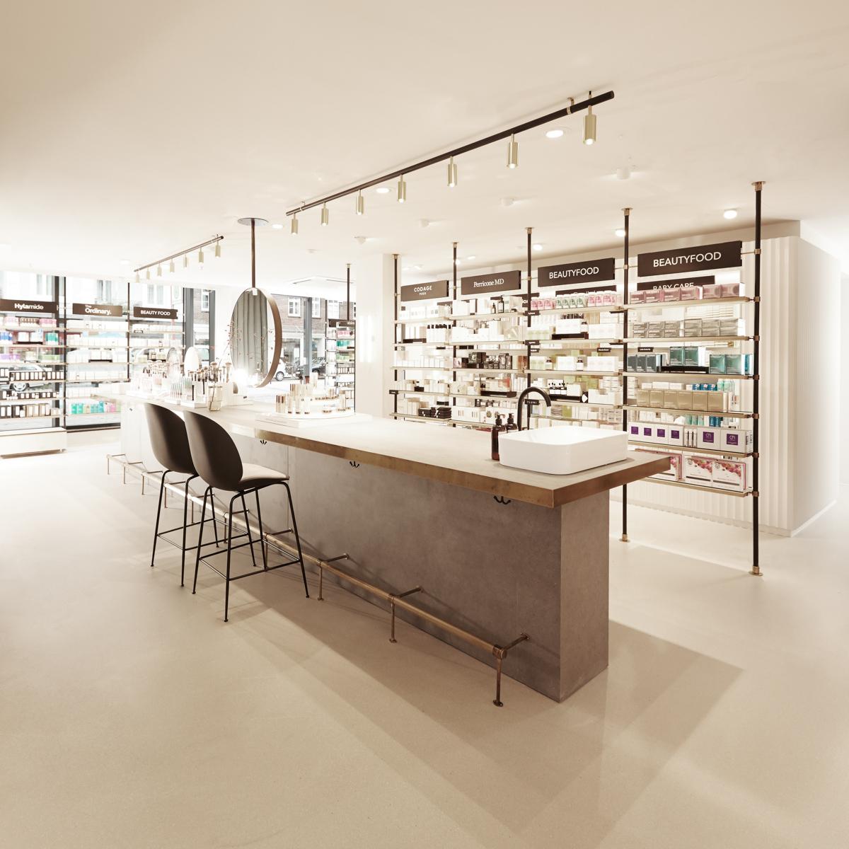 Douglas Pro Store Hamburg-12