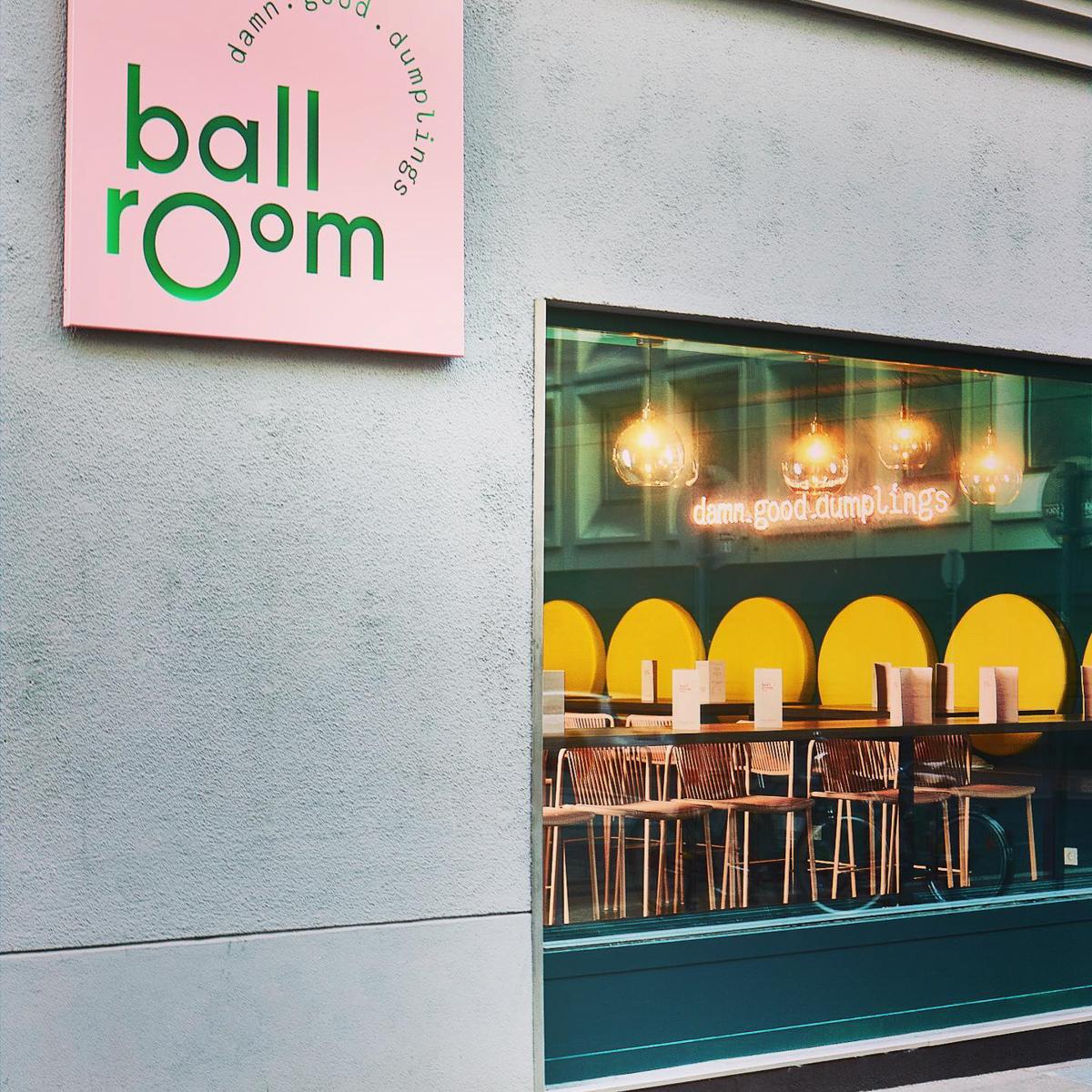 Ballroom Dumplings in Wien-4