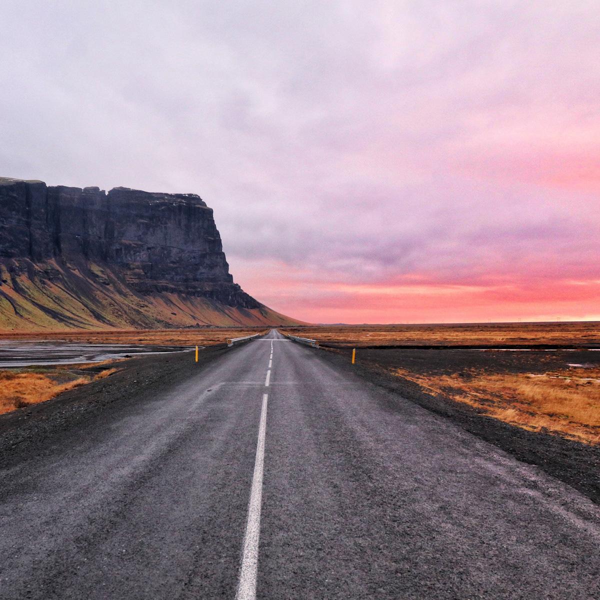 Island © Rory Hennessey | unsplash