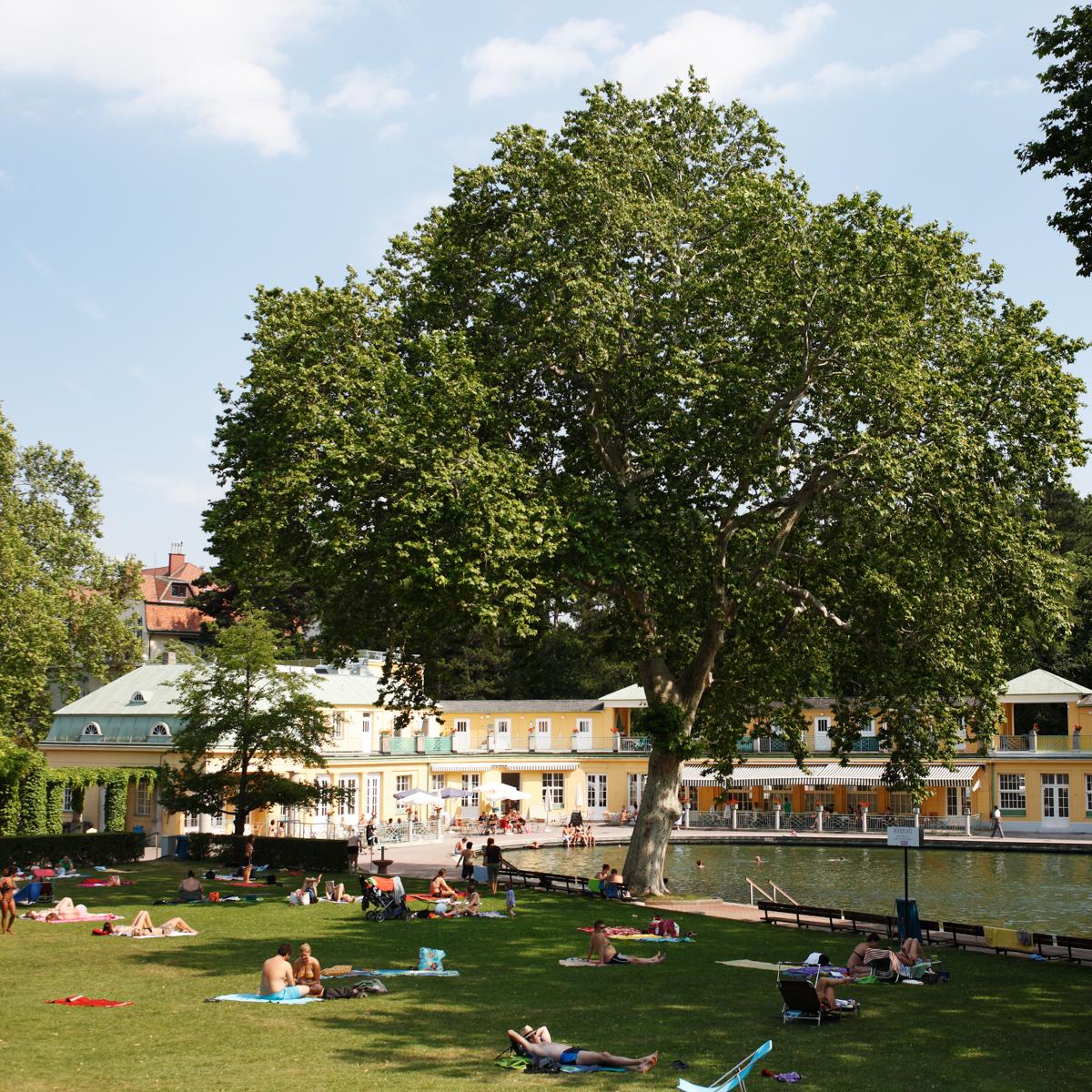 Thermalbad Bad Vöslau bei Wien-8