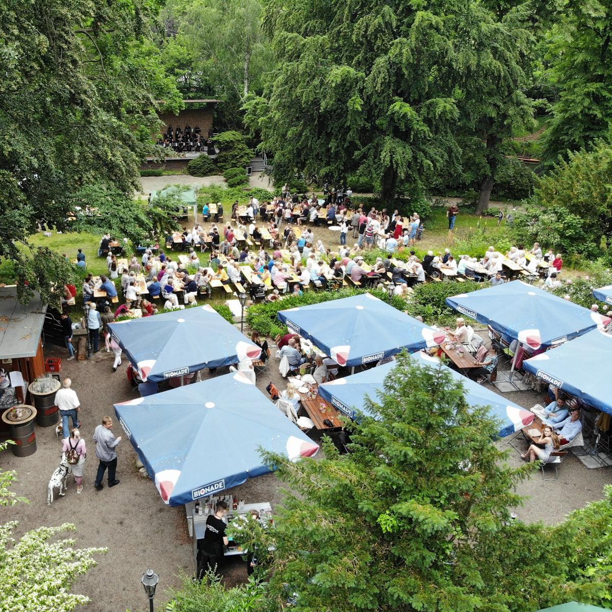 Biergarten am Herthasee in Berlin-3