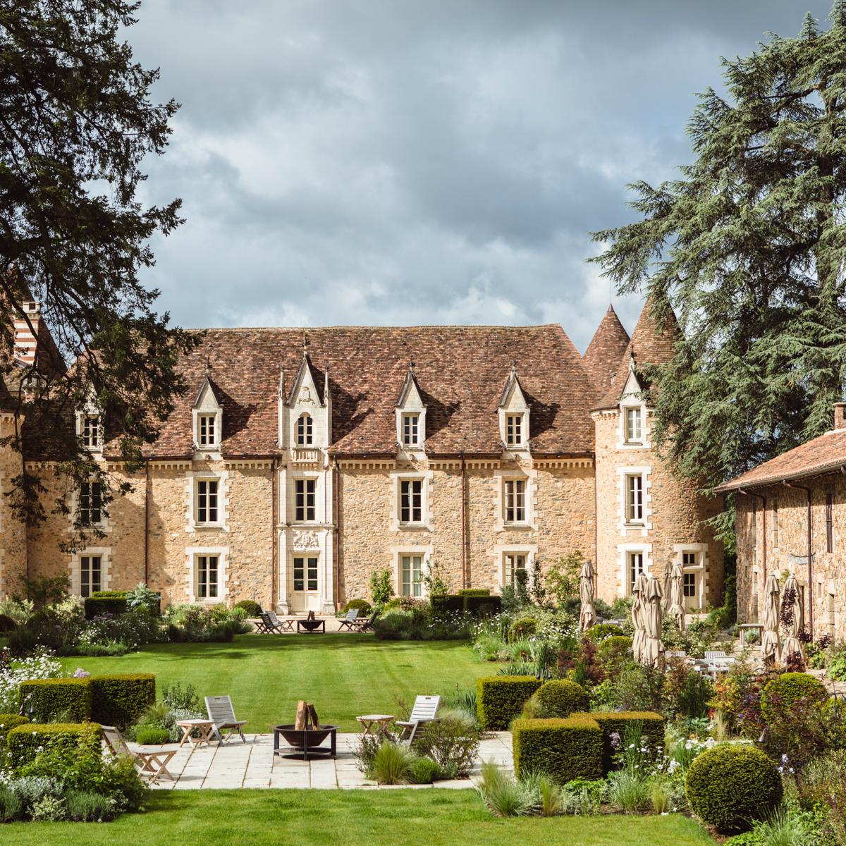 Hotel Domaine des Etangs Massignac Frankreich-14