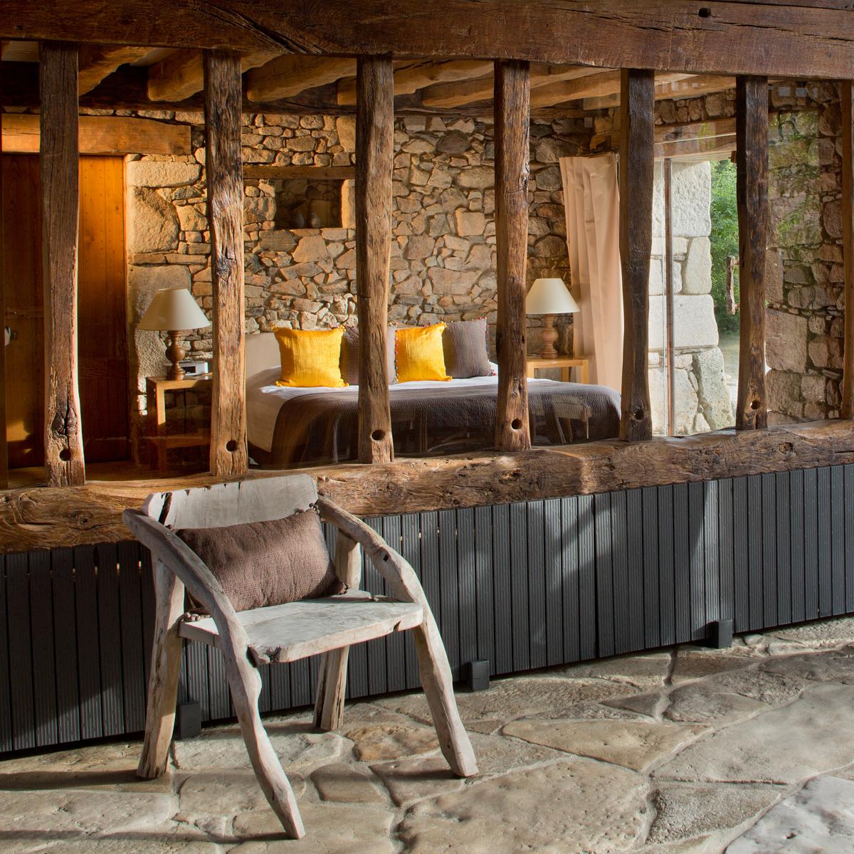 Hotel Domaine des Etangs Massignac Frankreich-3