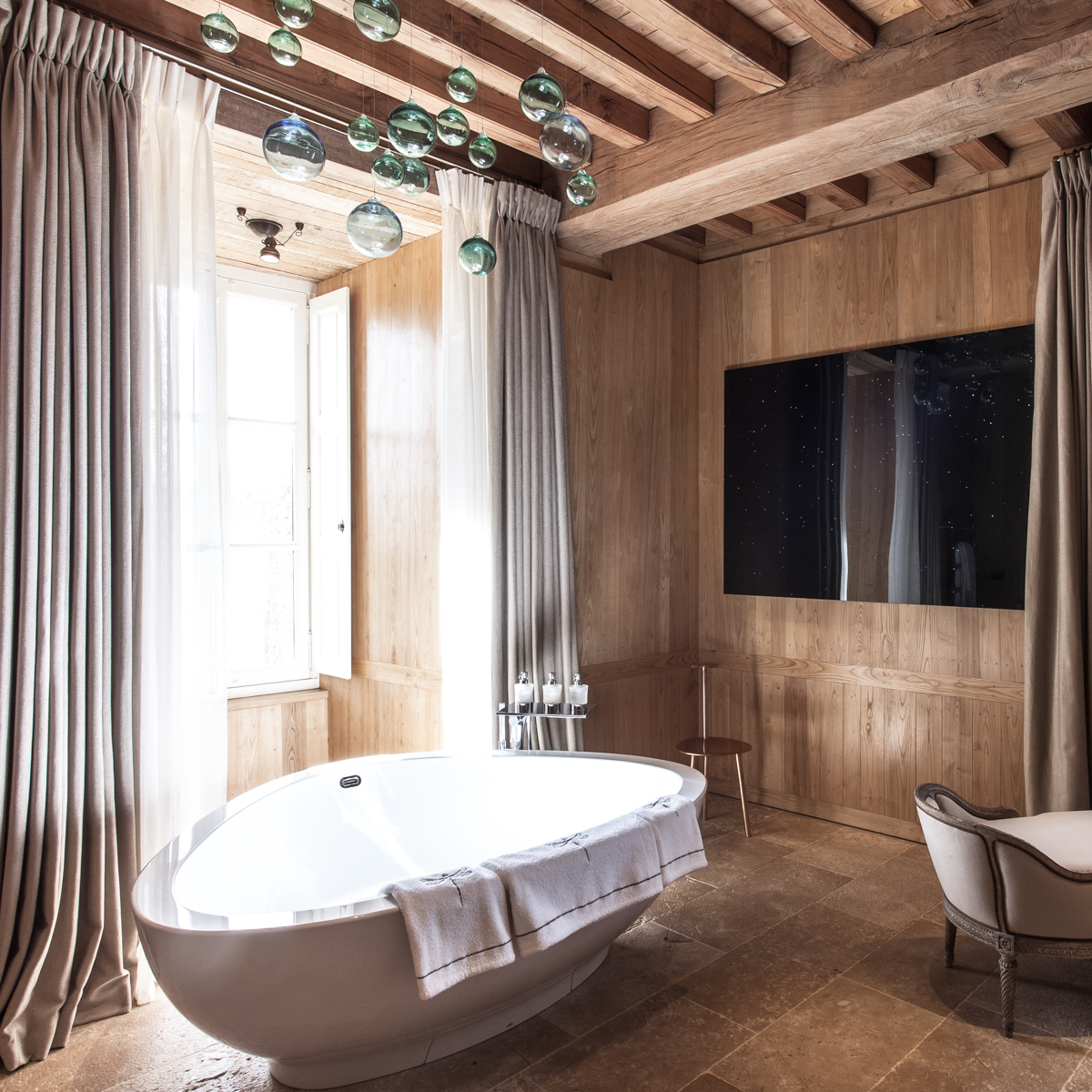 Hotel Domaine des Etangs Massignac Frankreich-4
