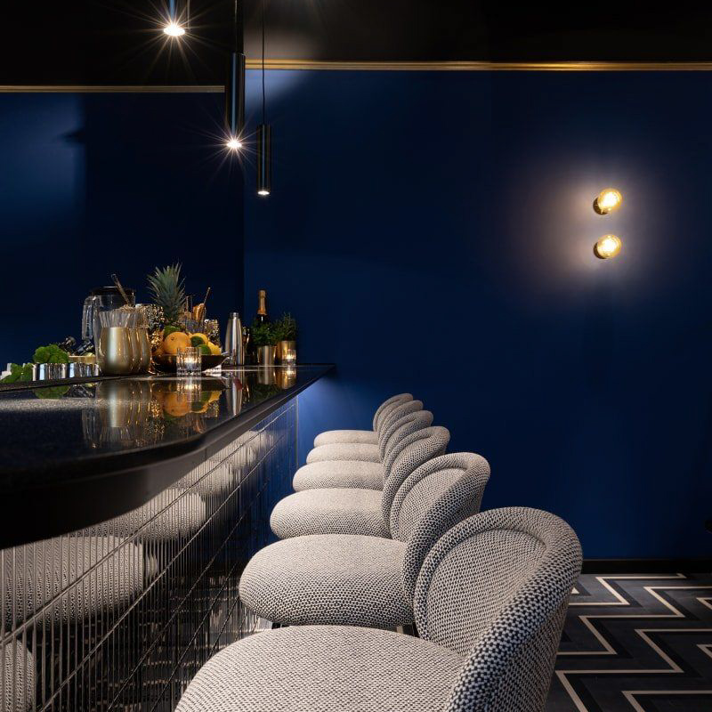 Contemporary Bar in München-3