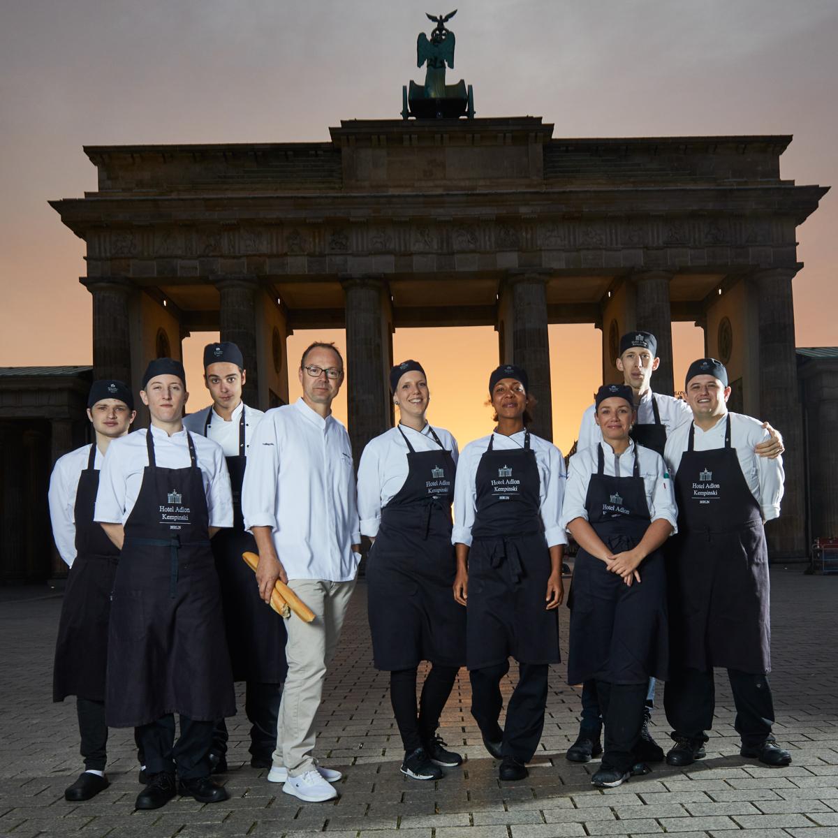 Küchenteam Lorenz Adlon Esszimmer_