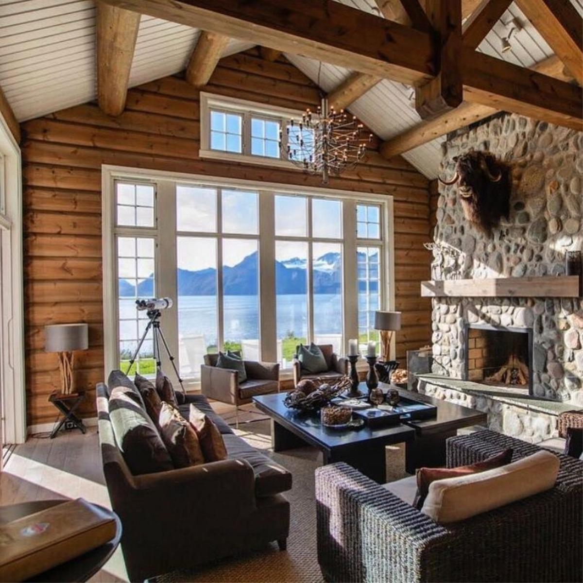 Lyngen Lodge Living
