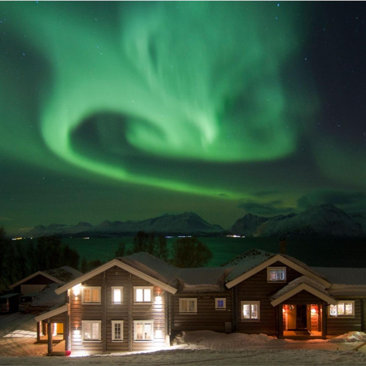 Lyngen Lodge Northern Lights