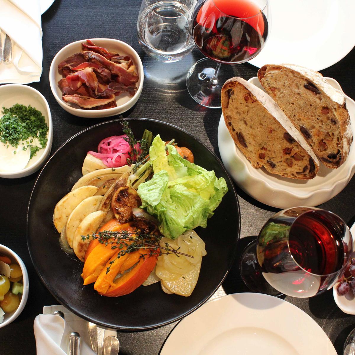 Sunday Family Lunch im Charlotte & Fritz-4
