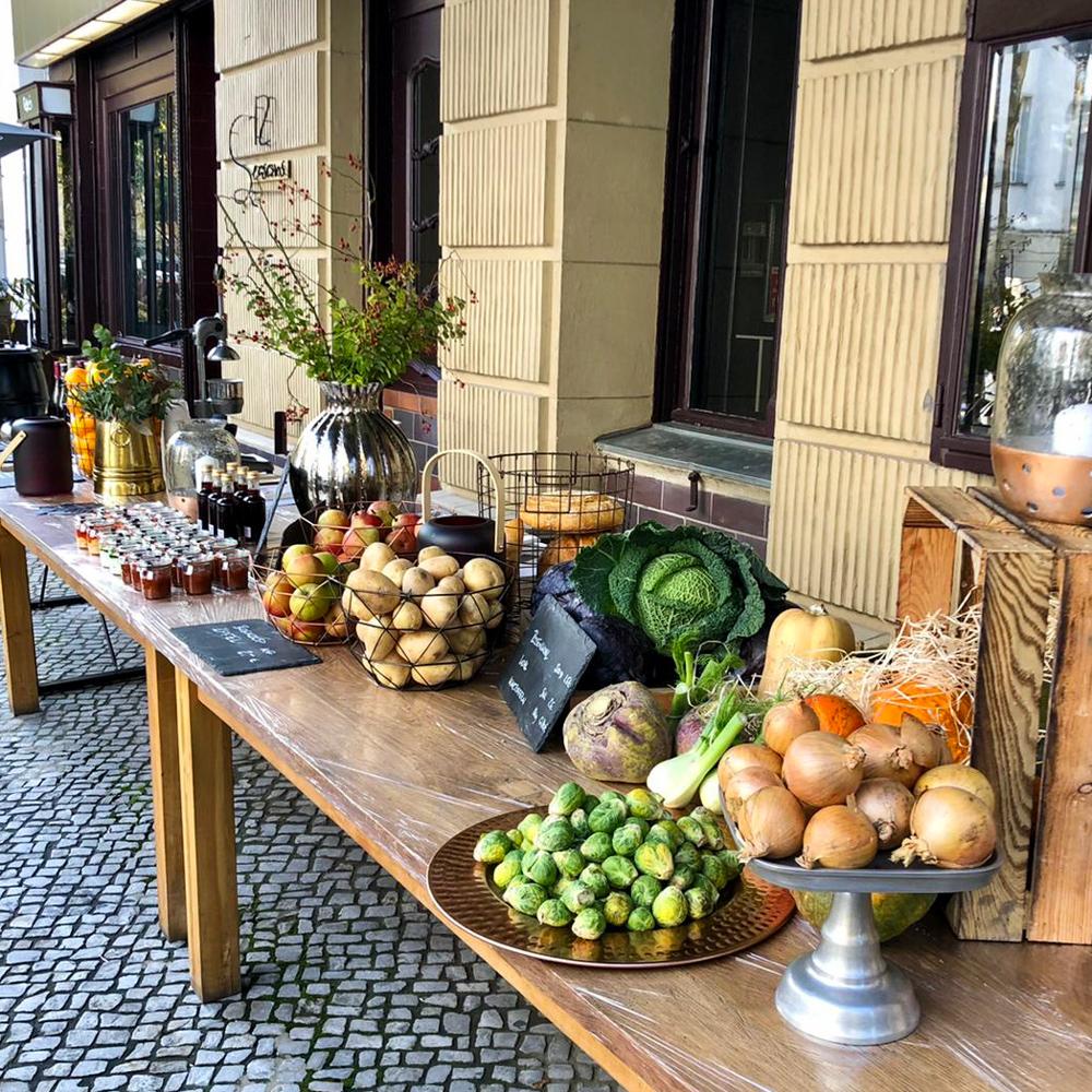 12 Seasons Markt in Charlottenburg-3
