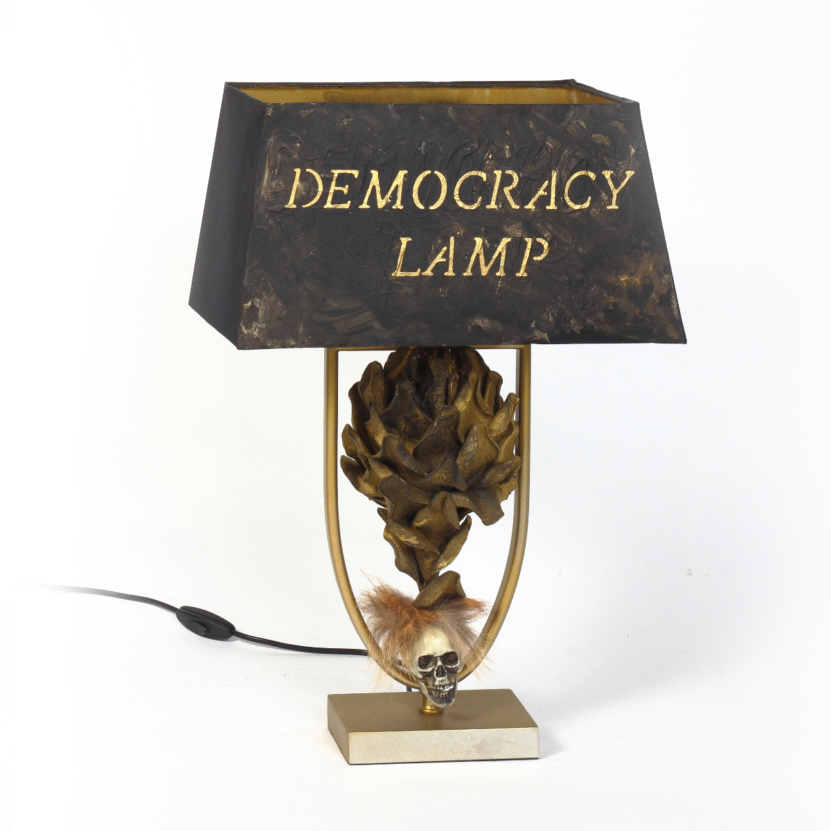 DEMOCRACY LAMP, 2017, sculpture