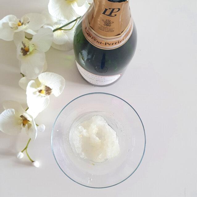 Nina Zeller Champagner mit Zitronengranita