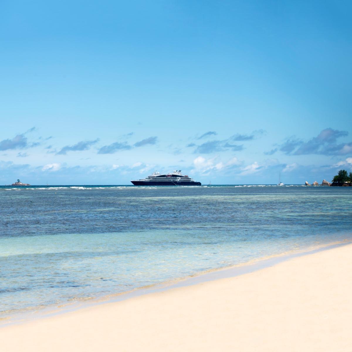 TAM_4065_La-Digue_Seychelles PONANT-Tamar Sarkissi