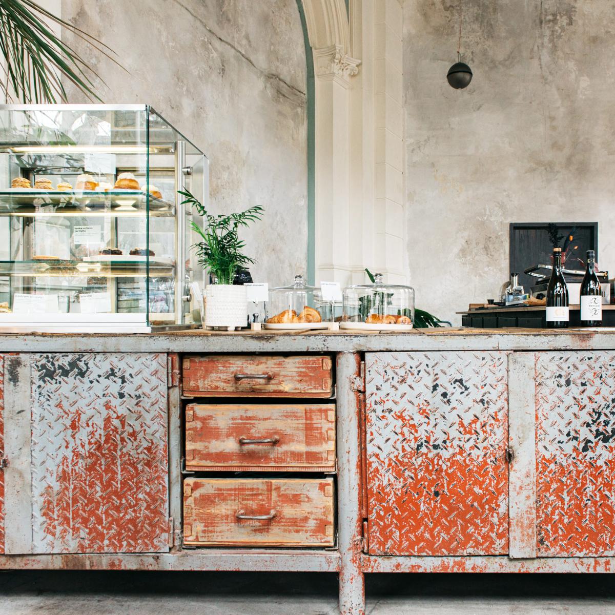 Frank Cafe Berlin Tresen (1)