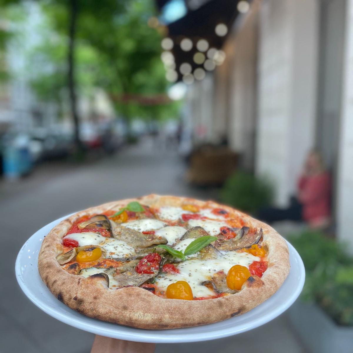Sironi La Pizza (2)