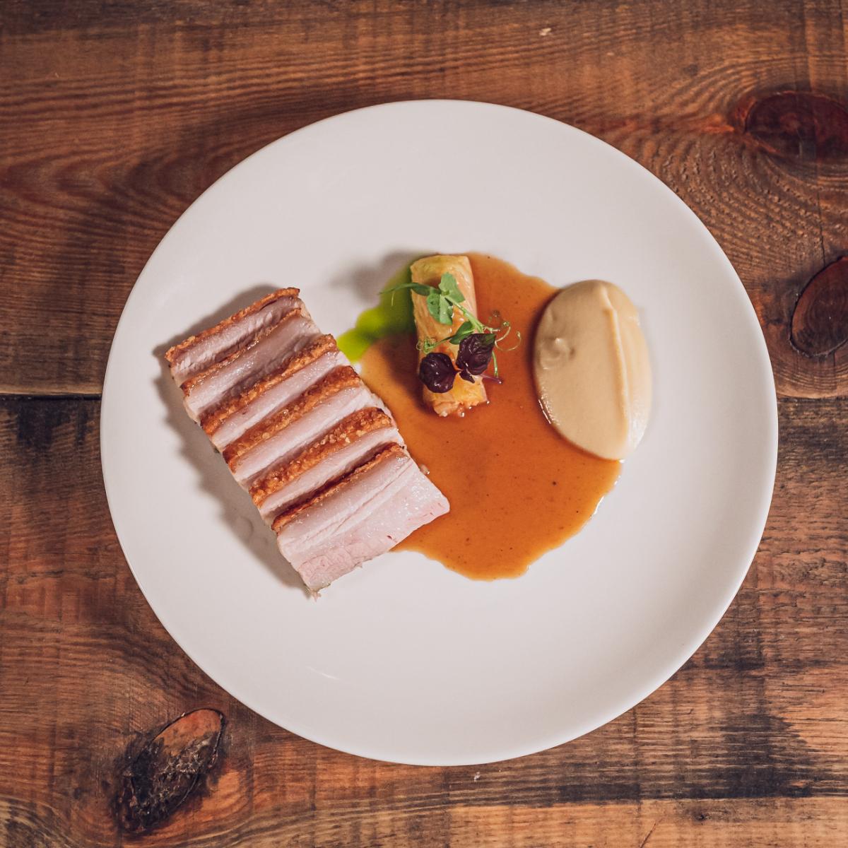 Lila Restaurant Berlin Schweinebauch