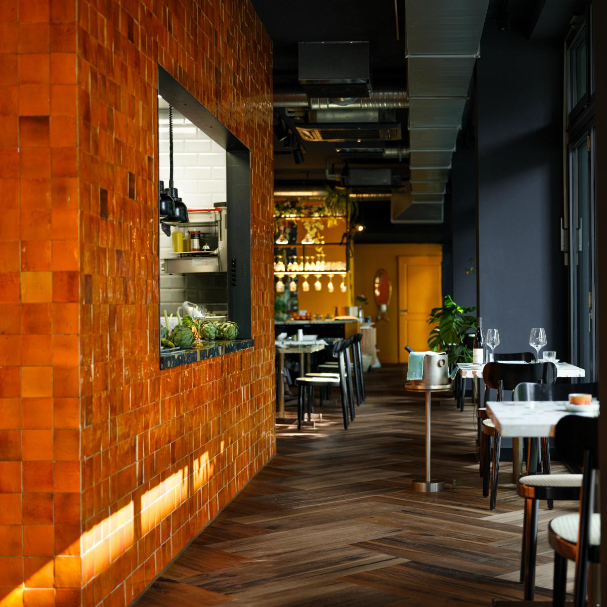 Restaurant Anouki Berlin Charlottenburg Offene Kueche