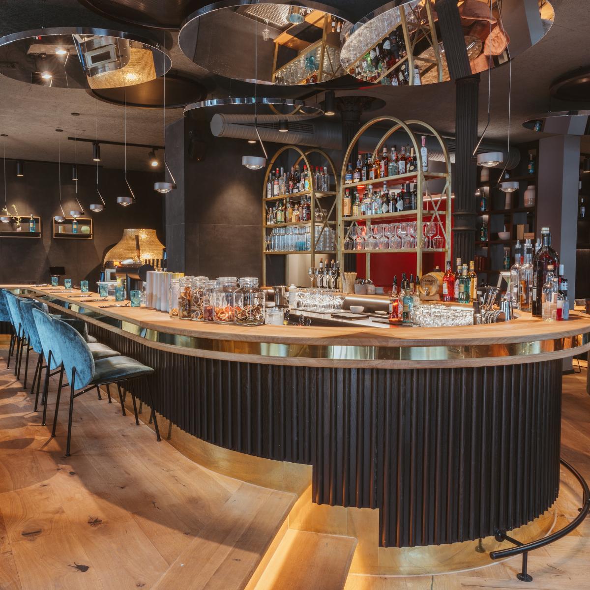 Casa Nostra Restaurant Bar