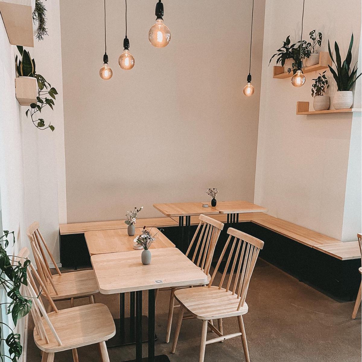 Marshall Street Hamburg Table