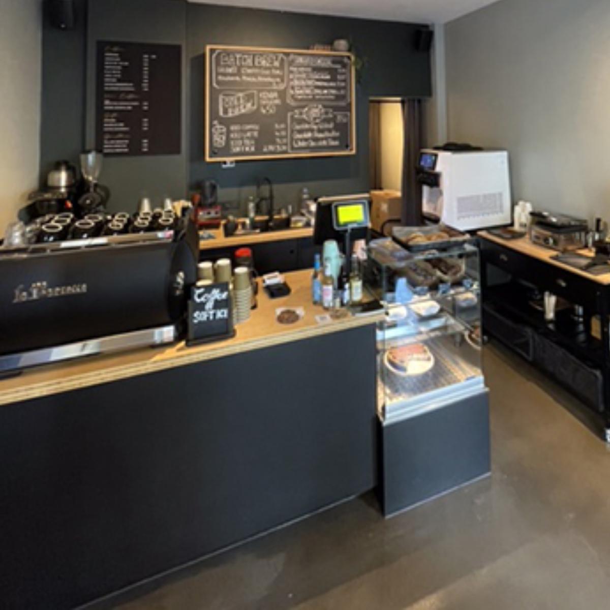 Goldenblack Coffestore  (7)